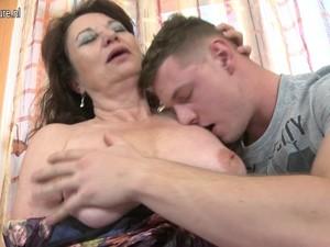 Hot mature mother fucks her son's best friend